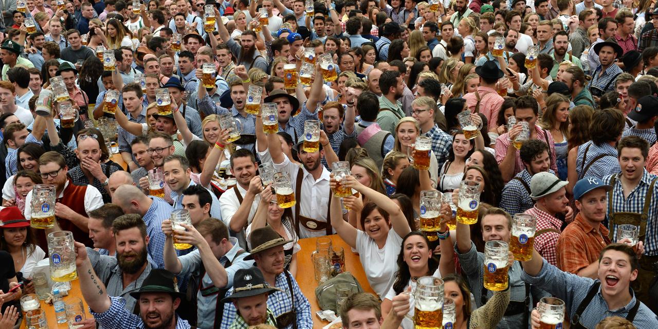 La jour de célébration de la bière